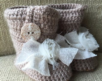 Brown Crochet Baby Boots, Brown Baby Girl Boots, Crochet Baby Girl Boots, Vintage Baby Boots, Vintage Baby Shoes, Shabby Chic Baby Boots