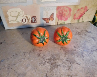 Vintage Salt and Pepper Shakers Tomatoes
