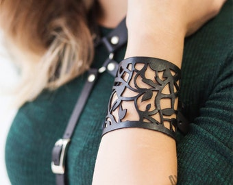 Fast Shipping! Black Leather Handmade Bracelet Cuff with Laces Laser Cut Gothic Bracelet Wife gift Girlfriend Gift Gift for Her GIfts