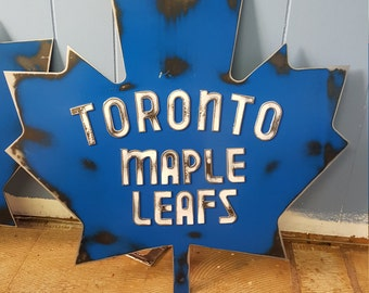 Vintage style Toronto Maple Leafs wall hanger.