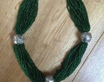 Necklace green beads / balls metal