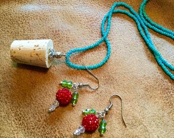 Cork Necklace & Mini-Plums - Combo Trunk