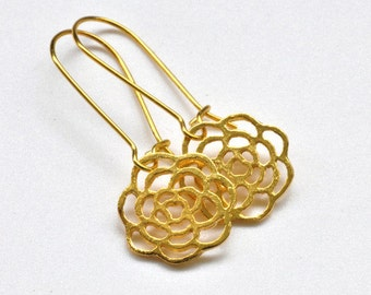 Gold Earrings with flowers