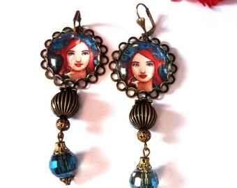 Earrings portrait Bohemian retro portrait under cabochon