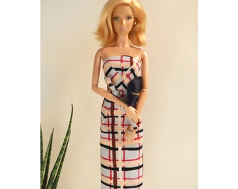Barbie strapless dress