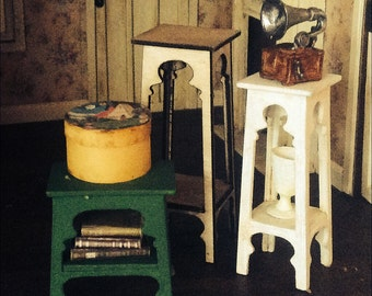 1:24 scale miniature dollhouse furniture kit cottage side table or plantstand