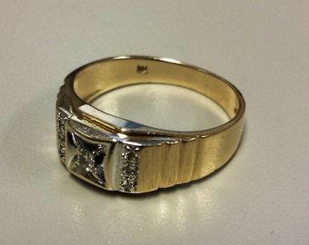 Vintage 14K White/Yellow Gold Men's Ring with Diamonds, Size 8.5