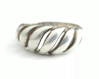 Vintage Sterling Silver Twisted Ribbon Ring - Size 9