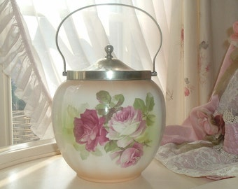 Biscuit barrel with the most beautiful roses