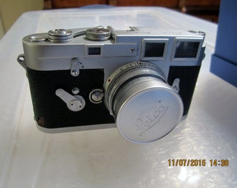 Leica M3 camera and 2 Leitz Wetzlar Elmar lens with accessories