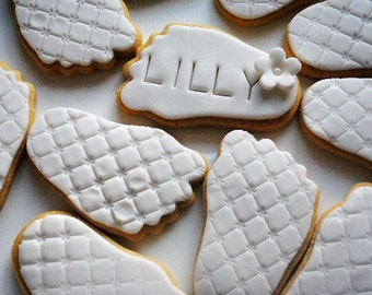 10 X Personalised Iced Cookies//Iced Biscuits/ Baby Gift/ Baby Shower/ Personalised Gift