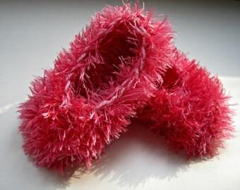 Soft Furry Slippers , Knitted Kids Slippers, Children House Shoes, Baby Booties, Little Girls Slippers, Girls Bedroom Slipper Socks, Pink