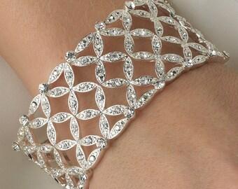 Flower Stretch  Rhinestone Crystal Bracelet  Bangles Wedding Party Hand Cuff  Bridesmaid Gift Accessories Women Silver Jewelry