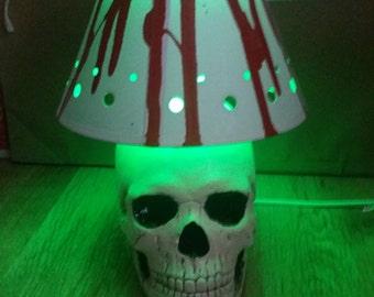 Gothic skull lamp