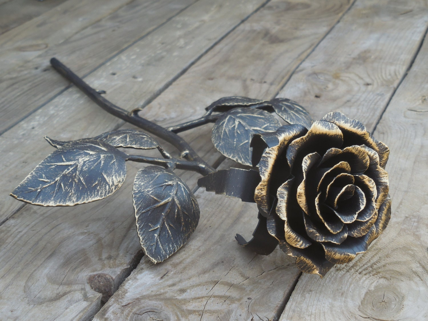forged metal rose steel rose iron flower metal sculpture. Black Bedroom Furniture Sets. Home Design Ideas