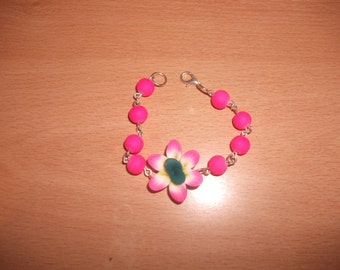 Bracelet with beads fluo + flower fimo