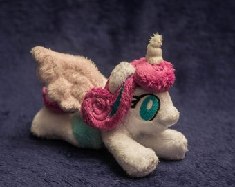 Flurry Heart Tiny Plushie Alicorn 5 inches My Little Pony Season 6