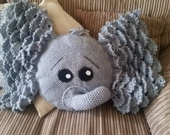 Elephant Pillow (IraRott Pattern)