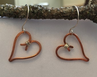 Hammered copper and sterling silver wire heart dangle earrings
