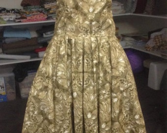 SALE PRICE Reproduction Vintage Dress
