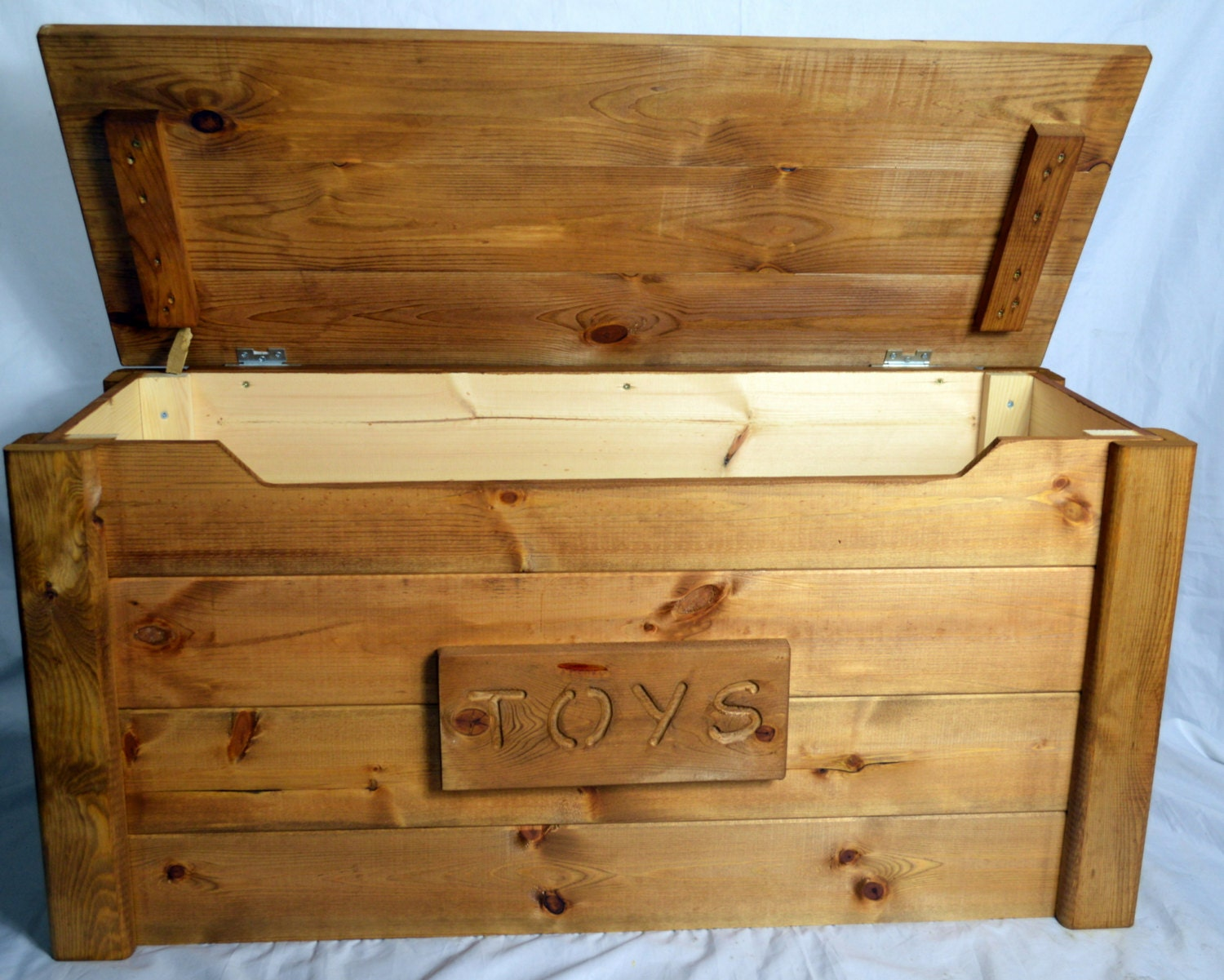 Handcrafted Wooden Rustic Pine Trunk Chest Toy Box Shabby Chic
