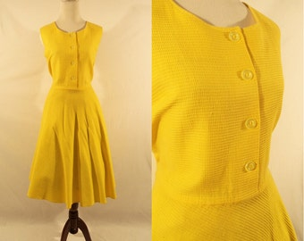 1960's Yellow A-Line Sleeveless Dress