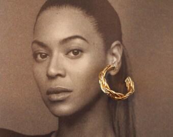 Vintage small gold hoop earrings