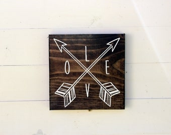 Love Arrow Rustic Entryway Sign | Love Sign | Housewarming | Entryway Sign | Boho Chic | Follow Your Arrow Gift under 25 |