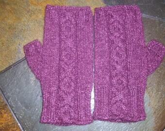 Purple XOXO fingerless gloves / mittens