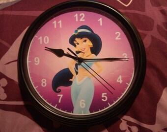 Jasmine Clock