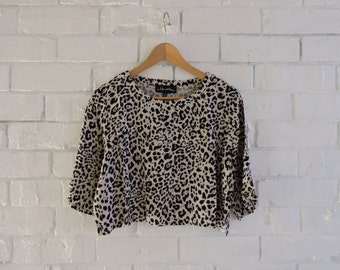 I Like Wolves Leopard Cropped Tee