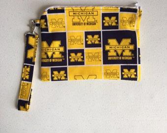 Michigan zipper pouch