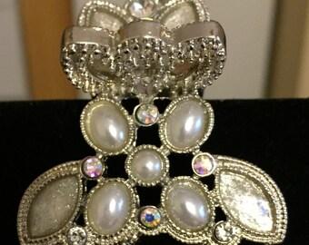 Silver Swarovski pearl hair clip