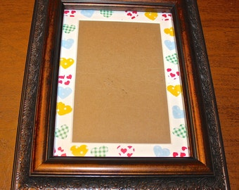 Fun Handmade Mat for 4x6 Photo or Picture with Wooden Frame