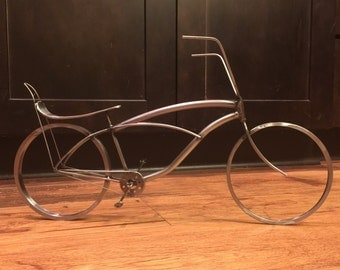 Bicycle Bike metal art Schwinn Stingray Beach Cruser yard recycled metal.