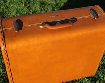 Vintage 1950's Samsonite Suitcase