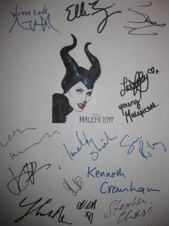 Maleficent Signed Film Movie Screenplay Script X13 Autograph Angelina Jolie Elle Fanning Sharlto Copley Lesley Manville Juno Temple Riley
