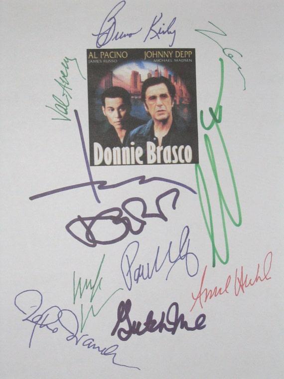Donnie Brasco Signed Film Movie Script Screenplay X10 Johnny Depp Al Pacino Paul Giamatti Michael Madsen Anne Heche Bruno Kirby Val Avery