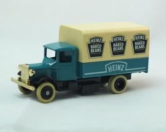 Lledo Days Gone  Canvas Truck  - Heinz Beans