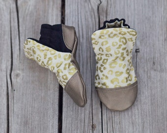 Leaopard Print and Gold Baby Shoe, Soft Sole Baby Shoe, Baby Booties, Non Slip, Handmade,  Leopard print, Baby Moccasins