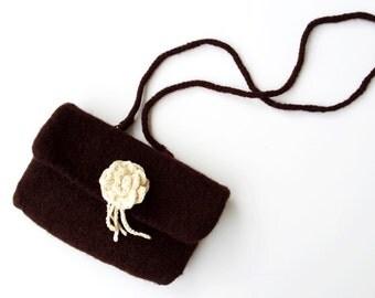 Dirndl bag made of knitted felt, bag to the Dirndl Dress, costume, Brown, Wiesnoutfit, accessories Oktoberfest Dirndl, shoulder bag, detachable brooch