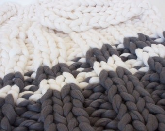 Arm knitted chunky blanket, chunky knit throw, giant knit blanket, merino wool, chunky knit blanket,  punto blanket, merino wool blanket