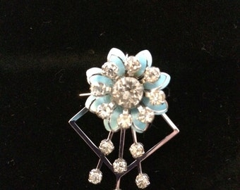 Vintage Pestige Flower Pin Brooch Pendant