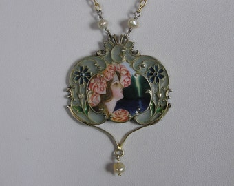 Art Nouveau Silver(900) Plique-á-Jour and enamelled necklace