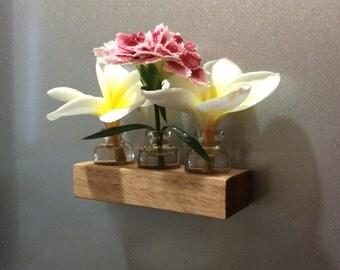 Specimen vase fridge magnet
