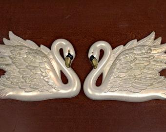 Vintage Chalkware Pair of Swans