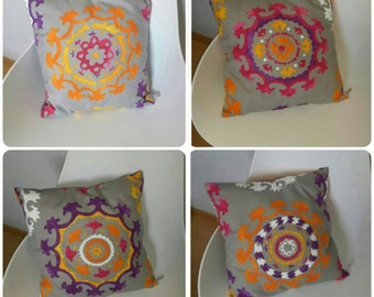 "Cushion pattern ""boheme"" fuchsia, orange and violet"