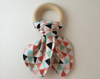 Colorful Geometric Triangles Wooden Sensory Ring