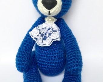Blue knitted Sir Bear