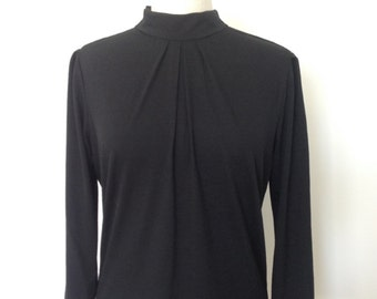 Winter jersey long sleeve top with zip shoulder